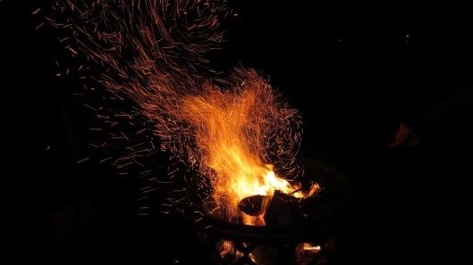 fire-415734_960_720