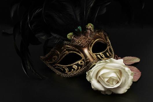 mask-1150221_960_720